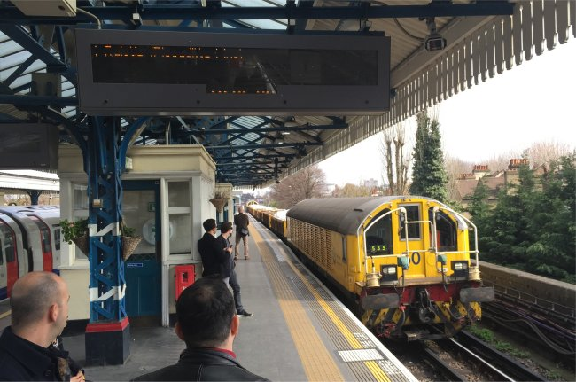 Engineering Train to Ruislip
